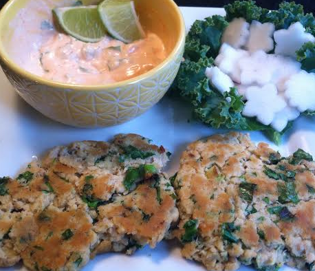 Cilantro and Scallion Salmon Cakes with Sriacha Lime Mayo Sauce