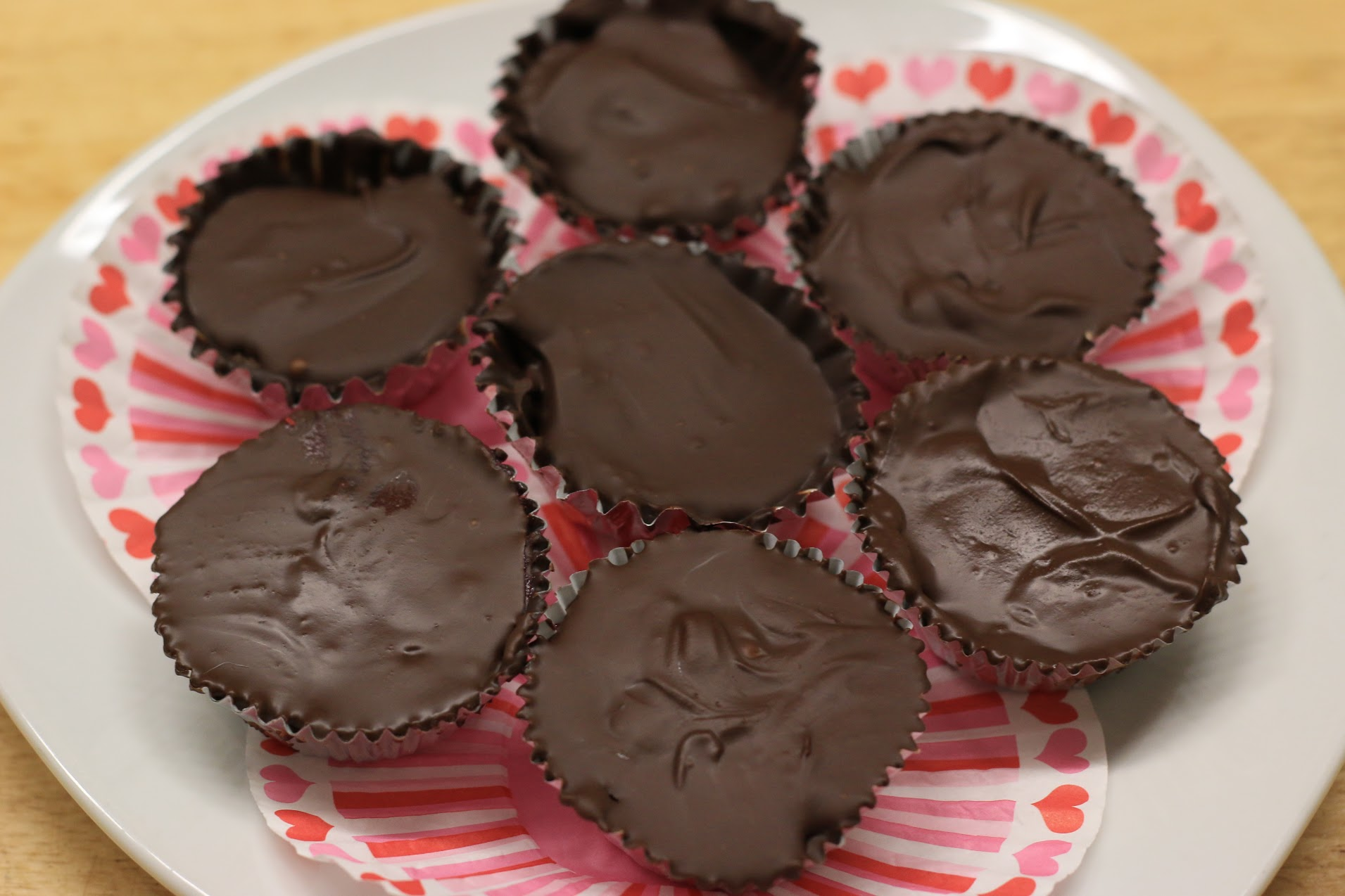 Paleo Version of Reese's Peanut Butter Cups | Paleo on the Go