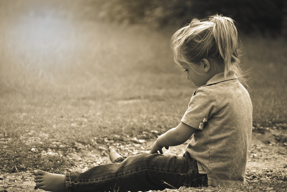 Three Ways To Encourage Our Kids to Grow Up Naturally